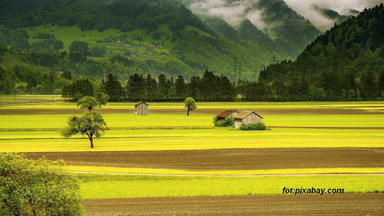 landscape-176602_1280